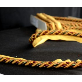 CS300 191 Gold Red Green Lip Cord Trim